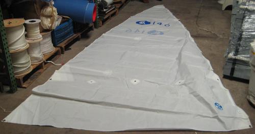 "Standard White Hunter 146 Jib 12'1"" Luff 13'1"" Leech 5'5"" Foot SE7000HJ"